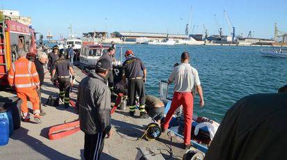 Livorno, collisione peschereccio e traghetto (Foto Simone Lanari)