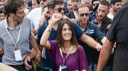 Virginia Raggi a Palermo per 'Italia 5 Stelle' (Lapresse)