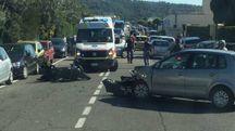 Livorno, incidente tra un'auto e una moto sul lungomare