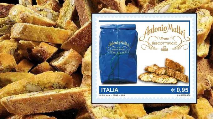 I biscotti di Prato e, nel riquadro, il francobollo