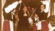 Predappio Alta, 20 novembre 1976 - la Cà de Sanzvès il giorno dell'inaugurazione