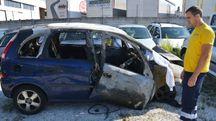 L'Opel Meriva distrutta di Sebastiano Di Somma, 43 anni