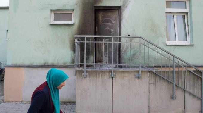 La moschea di Dresda dopo l'esplosione dell'ordigno