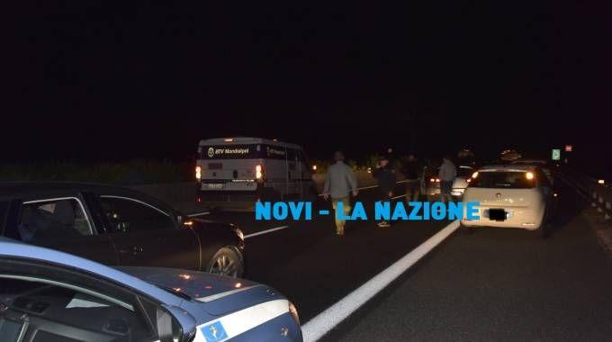 Uno dei furgoni portavalori coinvolti nell'assalto (Novi)