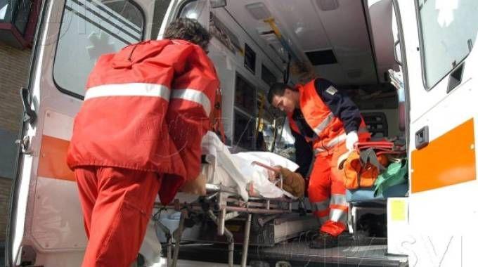 Risultati immagini per ambulanza