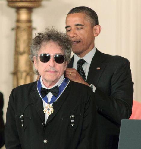 Bob Dylan riceve la Medaglia della Libertà da Obama (Olycom)