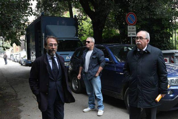 Al via le operazioni peritali nella villa di Matteo Cagnoni (foto Zani)