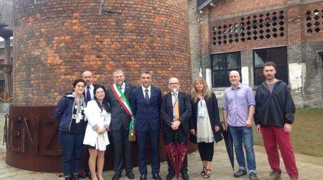 Square Faenza, con la fascia tricolore il sindaco Malpezzi (foto Veca)