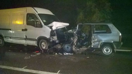 Devastante impatto fra Panda e furgone a Esine, morti due 75enni