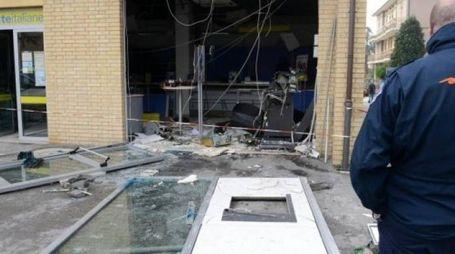 Il colpo al postamat con esplosivo nella frazione Trodica di Morrovalle, il 5 aprile 2016