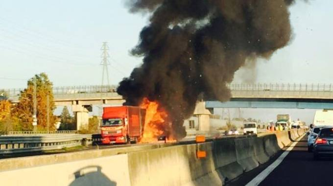L'incendio in A1