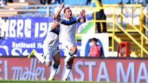 Latina-Pisa, l'esultanza di Mannini dopo il gol del pareggio (foto LaPresse)