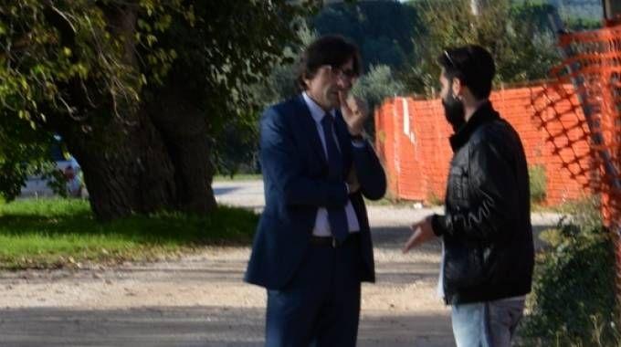 L'avvocato Berellini (a sinistra) e Federico,  il figlio di Pelagatti