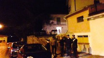 La casa presidiata dai carabinieri