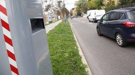 Bologna, i nuovi  autovelox di viale Panzacchi (Ansa)