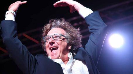 Un Enzo Iacchetti da urlo (foto Businesspress)