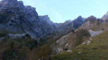 L'area del Monte Contrario è ricca di bruschi salti di livello