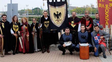 In costume alle Felsinarie (foto Schicchi)