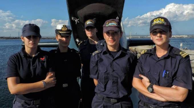 Le prime donne ammesse a svolgere servizio dei sommergibili della Marina Militare italiana