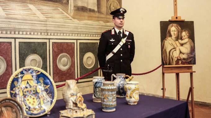 Opere d'arte recuperate. Erano state rubate nel 1976 dalla galleria Mozzi Bardini