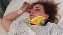 Chiara Bruni, 18 anni, nel letto d'ospedale