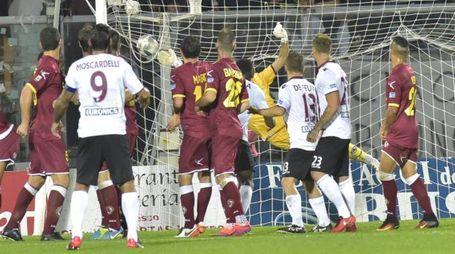 La punizione di Foglia da scui mascerà il gol di Yamga