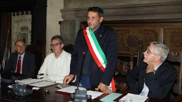 Il sindaco Giurlani in consiglio comunale
