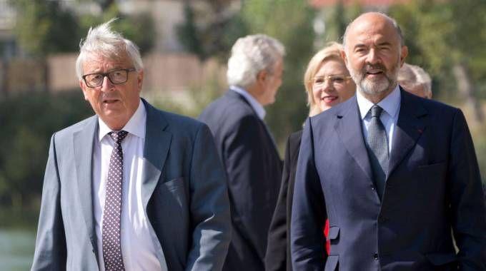 Jean Claude Juncker e Pierre Moscovici (Afp)