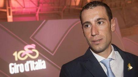 Vincenzo Nibali alla presentazione del Giro numero 100 (foto Ansa)