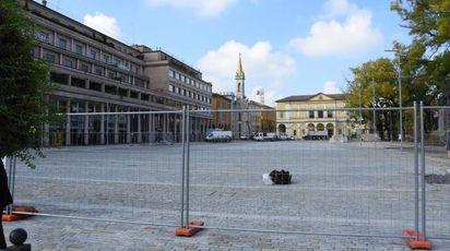 Lavori in piazza della Vittoria a Reggio Emilia (foto Artioli)
