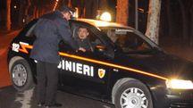 I carabinieri indagano per individuare gli autori della tentata aggressione ai danni di un commerciante