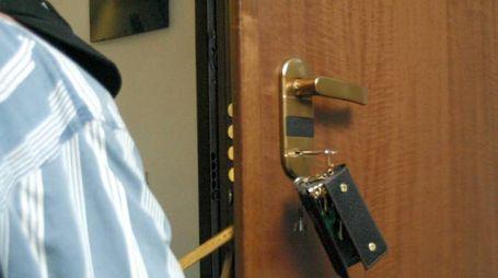 Una porta blindata (Foto Newpress)