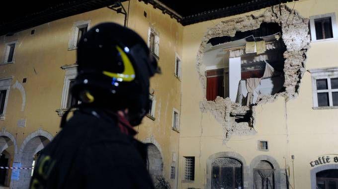 Terremoto del 26 ottobre, i danni a Visso (foto Calavita)