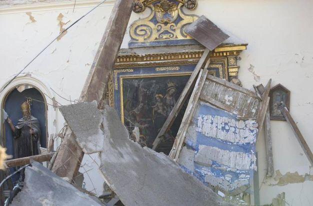 Visso, l'église Sant'Antonio détruite (ANSA)
