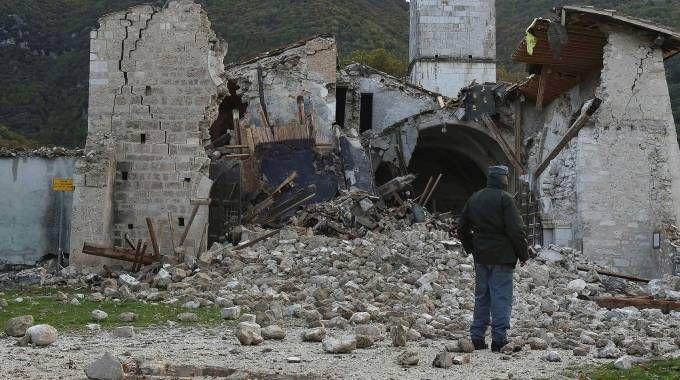 La chiesa distrutta a Campi di Norcia