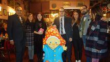 Gli ideatori del festival con alcuni rappresentanti dei Comuni aderenti e la mascotte PuK