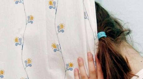 Abusi su minori (foto di repertorio)