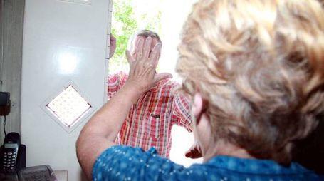 OCCHIO ALLE TRUFFE A 77 anni mette in fuga truffatore a caccia di gioielli