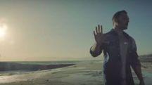 Tiziano Ferro nel video di Potremmo Ritornare