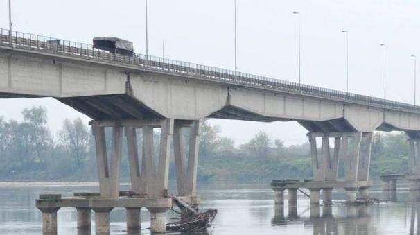 Il ponte che sarà interessato dai lavori (Torres)