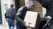 La Guardia di Finanza mentre sequestra i documenti del Creaf nella sede della Provincia foto Attalmi