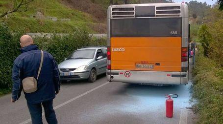 Circa 20 i passeggeri dell'autobus Atc extraurbano partito  dalla Spezia e diretto a Ceparana