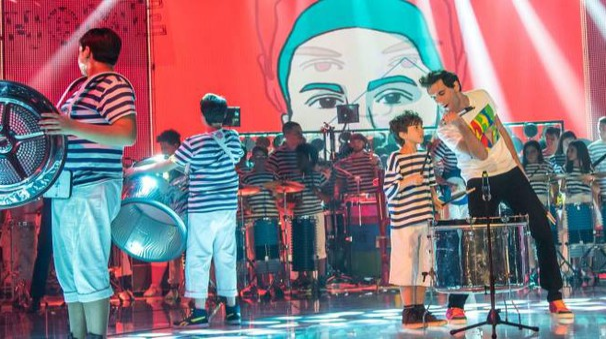 La banda Rulli Frulli ospite del programma 'Stasera Casa Mika' su Rai Due