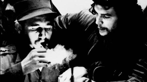 Fidel Castro e Che Guevara, i due volti della rivoluzione cubana
