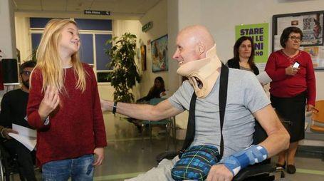 Cloe Romagnoli, 10 anni, piccola star di 'Braccialetti rossi', in visita ai pazienti di Montecatone