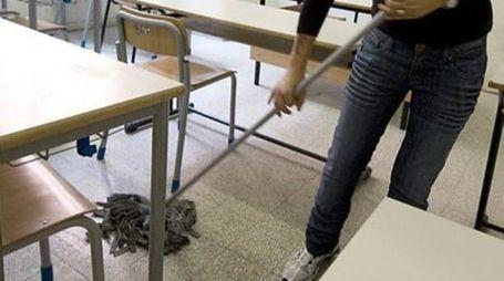 GRAVISSIMO Un bidello di un istituto superiore cittadino è in Rianimazione dopo aver bevuto, per sbaglio, acido muriatico a scuola