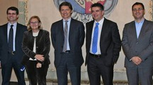 Al centro l'ad di Hera Stefano Venier e il sindaco Daniele Manca