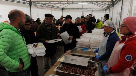La mensa per gli sfollati di Pieve Torina (foto Pierpaolo Calavita)