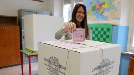 Il voto di ieri in un seggio cesenate