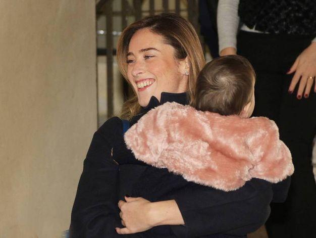 Maria Elena Boschi con la nipotina (Olycom)